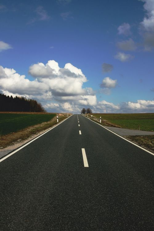 kelias,debesys,toli,kraštovaizdis,asfaltas,toli,struktūra,greitkelis