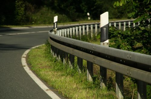 road guard rail delineator posts