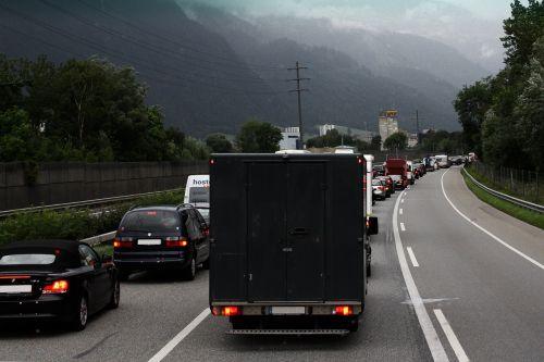 road auto jam