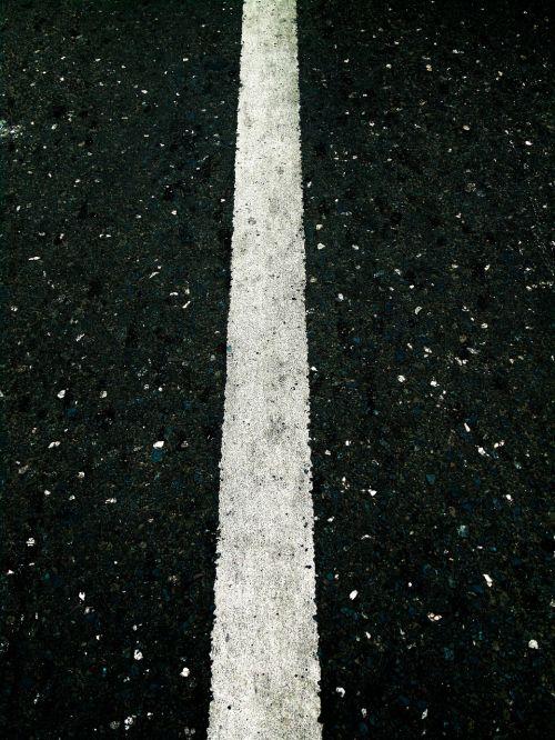 road line straight
