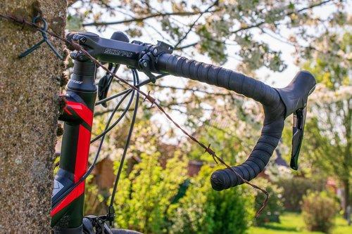 road bike  bike  handlebars