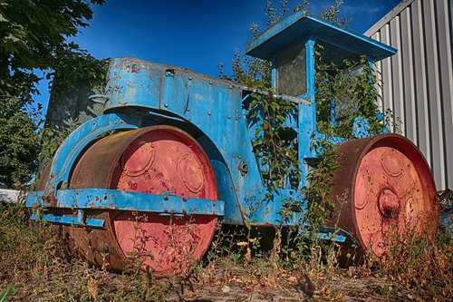 road roller  old  ailing