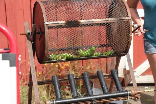 roasting peppers food