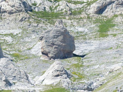 rock climbing area climb