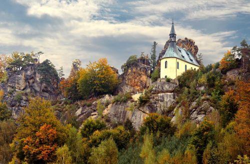 rock castle autumn