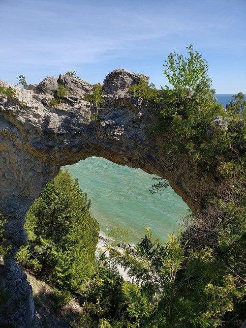rock  rock formation  arch