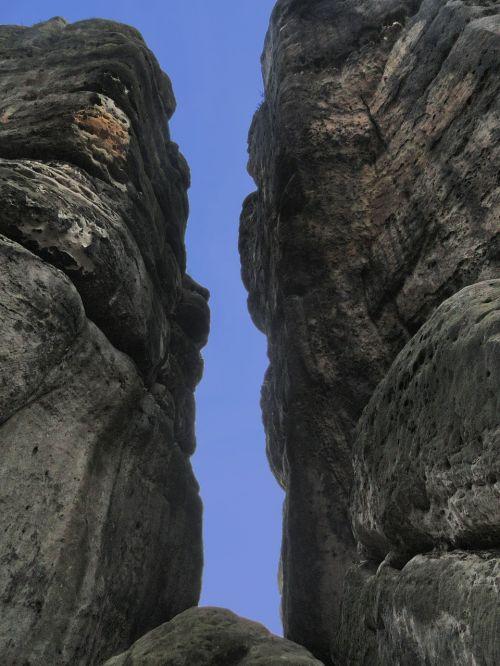 rock elbe sandstone mountains saxon switzerland