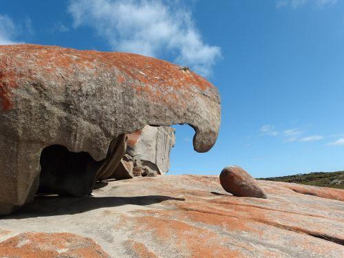 rock erosion wind