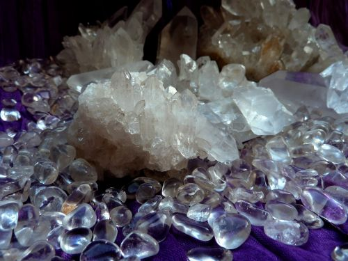 rock crystal double forming clear to white