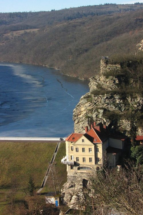 rock villa kramer's villa znojmo dam