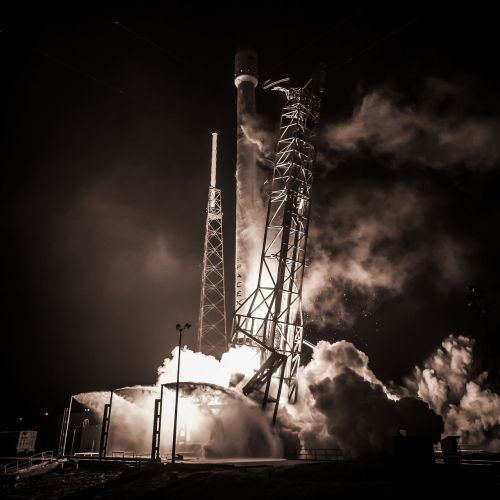rocket flight spacex