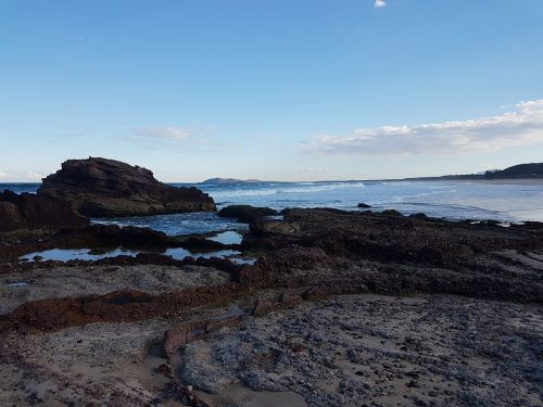 laurieton nsw rock pools ocean