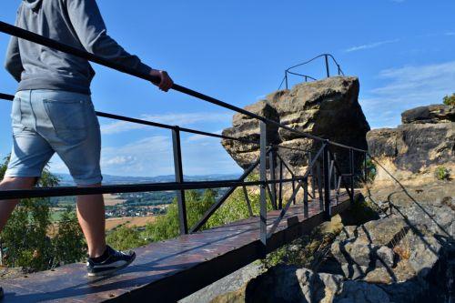 rocks bridge walk