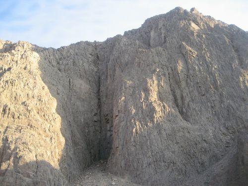 rocks desert the stones