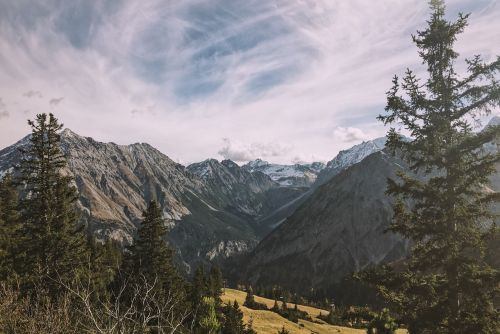 rocky mountain craggy