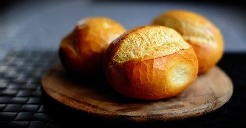 roll  bread  food