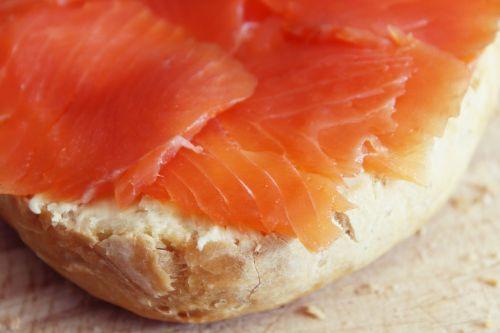 roll salmon breakfast