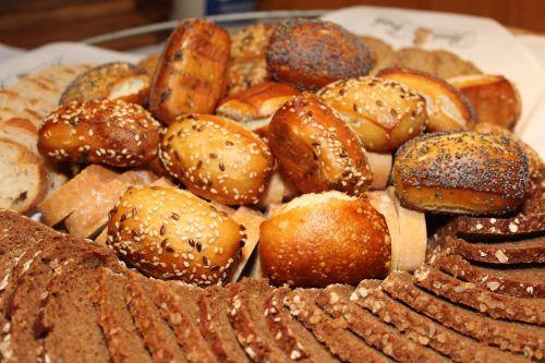 roll bread basket rye