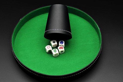 roll the dice  poker  dice poker