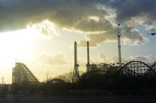 roller coaster theme park amusement