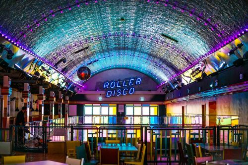 roller skating disco foreign
