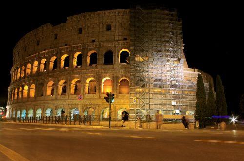 roman the colosseum italy