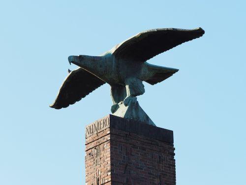roman park südstadt peace park