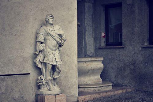 roman statue roman statue