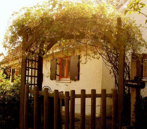 romance home garden