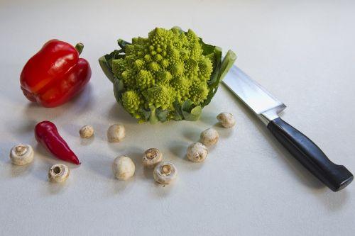 romanesca cauliflower red pepper red chile