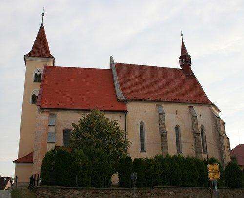 romanesque  church  czechia