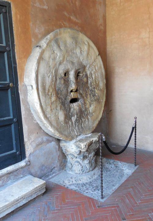 rome boccha della verita mouth of truth