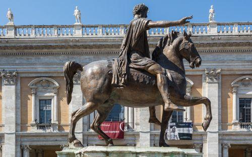 rome capitol square marcus aurelius