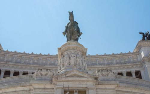 rome monument to vittorio emanuele ii the altar of the fatherland
