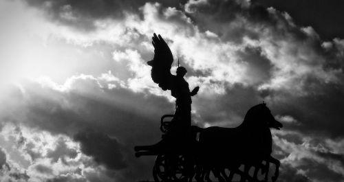 rome sun chariot
