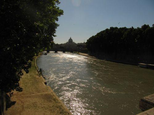 rome st peter's basilica tiber