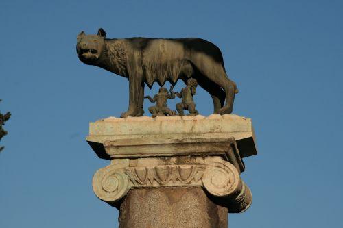 rome she-wolf romulus