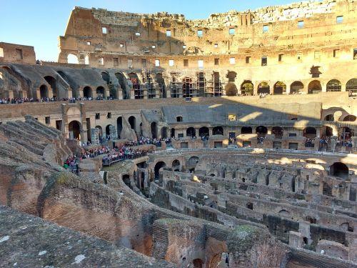 rome colosseum romans