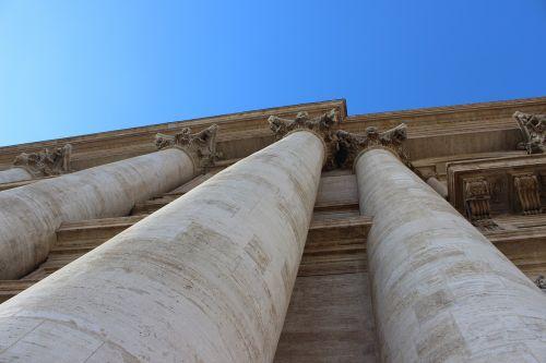 rome saint pierre pillars