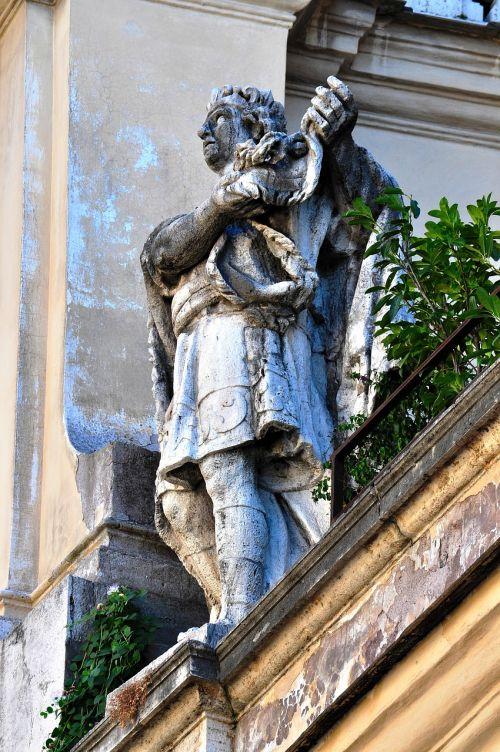 rome statue ancient