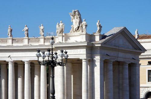Roma,Vatikanas,vieta,St-Pierre,kolonada,statulos,saint pierre