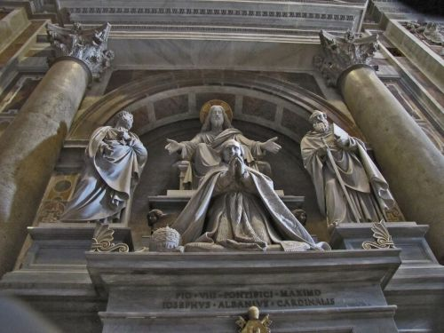rome saint peter's cathedral sculpture
