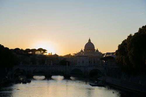 rome vatican tiber