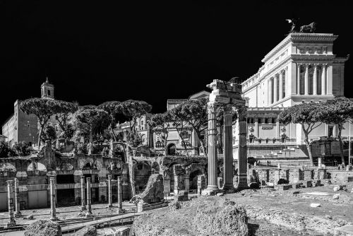 Roma,lazio,italy,altare della patria,victorian,stulpeliai,istorija,skylės,fori imperiali,architektūra,pastatas,pastatai,namai,kapitalas,capitello,sostinės,juoda ir balta,kontrastas,kontrastas,miestas,kaimas,didelis miestas