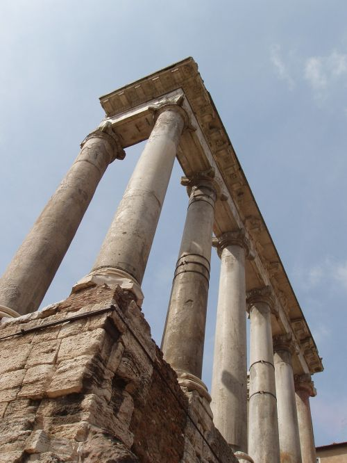 rome columns italy
