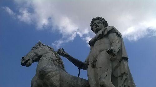 rome statue roma capitale