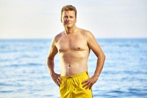men beach summer