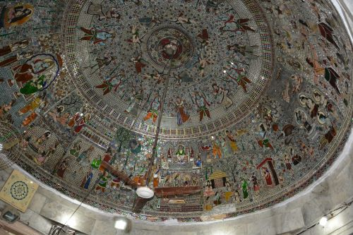 roof,architecture,buildings,structures,round,circular,spacious,interior,designs,patterns,artistic,vintage,ancient,historic,ethnic,temples,ramayana,paintings,silvery,shiny,shining,grey,gray,shine,glossy,surfaces,construction