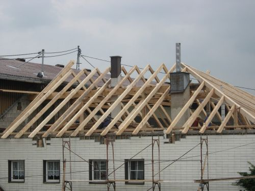 roof truss build site