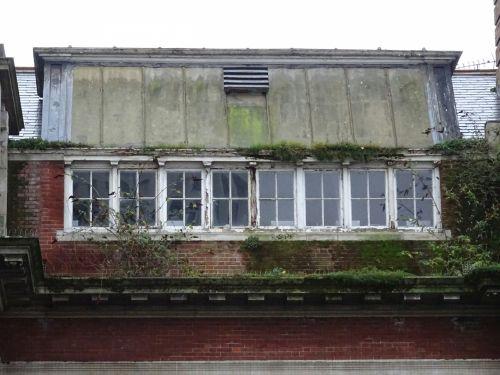 Rooftop Studio Apartment